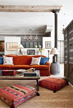 Casual Throw Pillows for Couch using Small Size and Big Size: Epic Eclectic Living Room Design Interior Decorated With Orange Sofa Furniture. Design Living Room, Eclectic Living Room, Living Room Decor, Living Spaces, Living Rooms, Living Room New York, Home And Living, Modern Living, Small Living