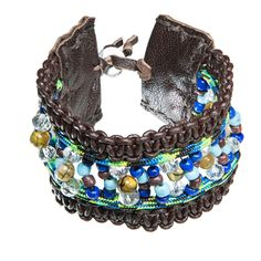 Brown leather bracelet with paracord and blue beads