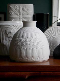 Nanny Still for Heinrich white tulip vase