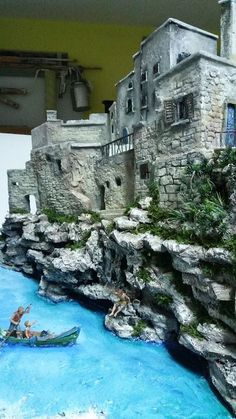 in this Step-by-Step guide, I will explain how to create old brick walls for a miniature Diorama. Diy Aquarium, Aquarium House, Landscape Model, Christmas Nativity Scene, Free To Use Images, Ceramic Houses, Model Train Layouts, Stone Houses, Cute Diys