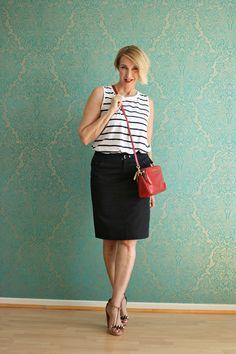 A fashion blog for women over 40 and mature women http://www.glamupyourlifestyle.com/  Shirt: Zara Skirt: Strenesse Bag: Michael Kors Sandals: Dorothee Schumacher