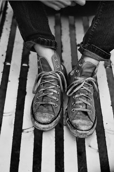 b9e2cae81e32b7 130 Best trashed shoes images