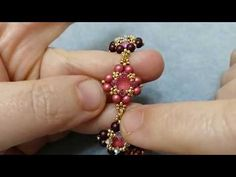 Tutorial Bracelet with chaton, pearls, bicone – Queen bracelet – Jewelry Models Beaded Braclets, Beaded Bracelets Tutorial, Diy Bracelets Easy, Bead Loom Bracelets, Earring Tutorial, Handmade Bracelets, Beaded Jewelry, Jewelry Bracelets, Handmade Jewelry