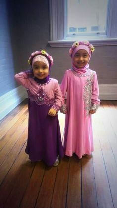 Muslim Fashion, Modest Fashion, Hijab Fashion, Kids Abaya, Cute Kids, Cute Babies, Baby Hijab, Dress Anak, Muslim Dress