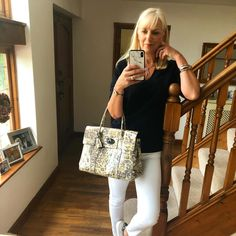 Happy Sunday everyone 😃 off to shops for supplies (mainly rose) 🥂🥂as the sun is coming out later and we'll be having a bbq in the garden ❤️Taking my lovely leopard print Bayswater out for a trip with me 🐆 #classic #mulberry #mulberrybayswater . . . #mystyleessential @mrsmlmode @stripeycoral #animalprintastic @fashionable_later & @the_fashionstalker #sundaybeststyle @theimageconsco  #sundaystylevibe @styledbymrsmint #ownyourweekendstyle with @ownyourstyleuk #mystylesunday @themamaedits… Happy Sunday Everyone, Cool Style, My Style, Coming Out, Bbq, Shops, Rose, Lady, Classic