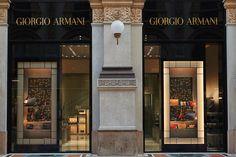 Giorgio Armani natale 2014, Galleria Milano ingresso