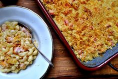 Perfect Peameal Bacon Mac and Cheese Mac And Cheese Casserole, Bacon Mac And Cheese, Bacon Pasta, Casserole Recipes, Bacon In Slow Cooker, Slow Cooker Recipes, Cooking Recipes, Bacon Recipes For Dinner, Leftovers Recipes