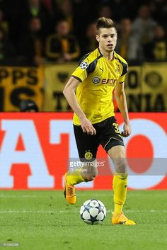 Julian Weigl of Dortmund controls the ball during the UEFA Champions League quarter final second leg match between AS Monaco and Borussia Dortmund of Dortmund at Stade Louis II on April 2017 in Monaco, Monaco. Julian Weigl, Dorothy Parker, As Monaco, April 19, Uefa Champions League, Soccer, Game, Stars, Beautiful