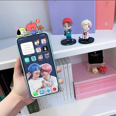 Army Room Decor, Kpop Phone Cases, Aesthetic Phone Case, Phone Organization, Kpop Merch, Bts Lockscreen, Iphone, Bts Jimin, Homescreen
