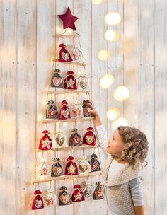 Diy Xmas Gifts, Handmade Christmas Decorations, Christmas Tree Themes, Christmas Love, Christmas Traditions, Christmas Crafts, Homemade Advent Calendars, Advent Calendars For Kids, Diy Advent Calendar