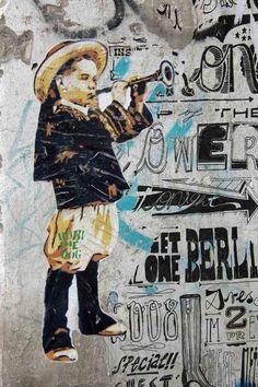 Street Artist: Robi the Dog in Berlin