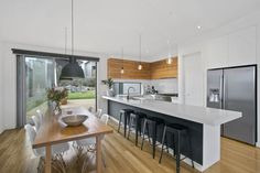 See our recently completed 2 storey home in Torquay designed and built on a sloping block.