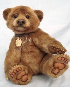 URSA Awards Competiton by Bears and Buds Teddy Bear Magazine Plush Animals, Felt Animals, Stuffed Animals, Teddy Bear Design, Boyds Bears, Love Bear, Cute Teddy Bears, Bear Doll, Bear Art