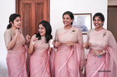 It's a special treat to bridesmaids 😊. A dedicated shot of friendship and love 😍. Indian Bridesmaid Dresses, Bridesmaid Saree, Bridesmaid Outfit, Wedding Bridesmaids, Bridal Dresses, Bridal Sari, Wedding Sari, Pakistani Bridal, Christian Wedding Sarees