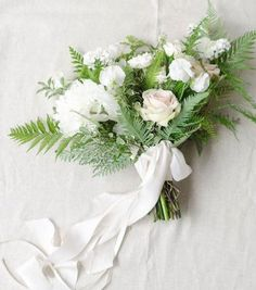 05 a chic textural white winter wedding bouquet with ferns and white ribbons - Weddingomania Fern Wedding, Daisy Wedding Flowers, Country Wedding Flowers, Romantic Wedding Flowers, Wedding Flower Arrangements, Floral Wedding, Wedding Bouquets, Cheap Flowers For Wedding, Wedding Table