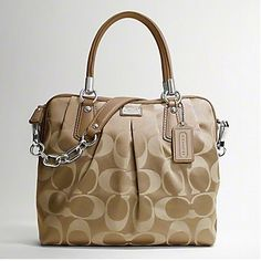 Fantastic #Coach #Bags The Most Considerate Gift For You