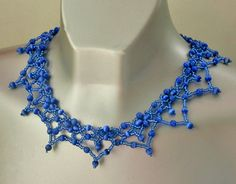 Free pattern for necklace Electric Blue