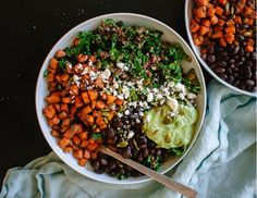 Nourishing, detoxifying, and in season NOW, kale is more than just a trendy vegetable. In fact, it has some serious nutritional cred to back it up. Here's a collection of mindbodygreen-approved kale