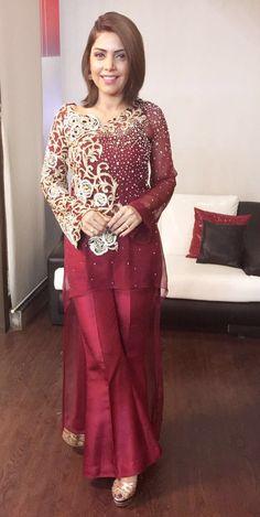 Asifa&Nabeel Pakistani Cape Dresses, Trajes Pakistani, Nikkah Dress, Shadi Dresses, Pakistani Wedding Outfits, Pakistani Dress Design, Indian Dresses, Lovely Dresses, Trendy Dresses