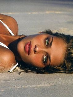 Ana Beatriz Barros with the hypnotic green eyes