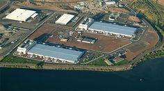 GOOGLE DATA CENTER - Probabilmente, questo luogo è protetto almeno tanto quanto l'Area 51! Si tratta del primo centro dati di Google, dunque, senza dubbio, il più importante!