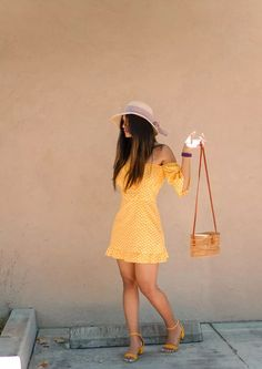 The perfect Spring dress - Yellow in Polka dots