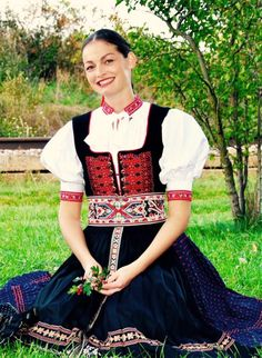 Soblahov village, Považie region, Western Slovakia. Dress Sites, Ethnic Fashion, Womens Fashion, Ethnic Outfits, Folk Embroidery, Beautiful Costumes, Folk Costume, Traditional Outfits, Fashion Dresses