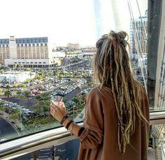 hippie hair 94857135890484660 - Source by Hippie Dreads, Hippie Hair, Half Dreads, Partial Dreads, Blonde Dreads, White Girl Dreads, Dreads Girl, Half Dreaded Hair, Dyed Hair