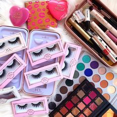 Lashes on lashes on lashes 😍 Do you prefer the premium collection or lite collection? House Of Lashes, Everyday Makeup, Cruelty Free, Makeup Looks, Eyeshadow, Make Up, Beauty, Collection, Eye Shadow