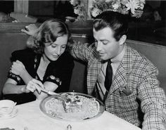 Aw, look Stany, aka mah precious boo, celebrating Robert Taylor's 28th birthday. Cuteness.