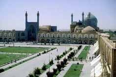The Meidan-e Imam at Ispahan  country : Iran  place : south of Teheran
