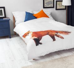Bedroom with White Pocket bedding #fox #print