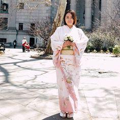 Pin for Later: 19 Hochzeitskleider, die verzaubern – auch wenn sie nicht weiß sind Süße Pastell-Töne für den Frühjahr