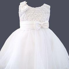 Robe de baptême courte blanche en dentelle, satin et tulle Louise