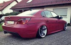 BMW E60 M5 red slammed