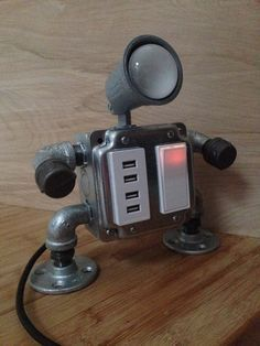 Robot lamp (Mr. I have 4 USB outlets)