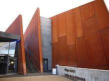 Risultati immagini per oradour sur glane Saint Junien, Architecture, Centre, Museums, Holidays, Learning, Free, World War Ii, Normandie