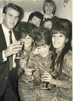 The Ronettes, Vince Eager, & The Yardbirds; 1964