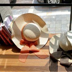 Korea womens shopping mall [styleberry] Feminine Color Ribbon Raffia Hat / Size : FREE / Price : 21.84 USD #vacancelook #korea #shopping #shoppingmall #buy #hat #accessory #vacance #summer #summerlook