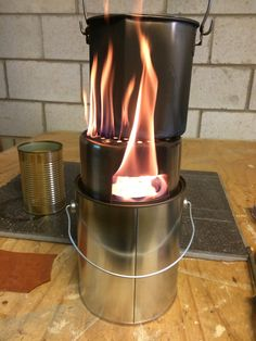 How to Make a Plumber's Stove on Steroids for Cooking and Warmth Survival Shelter, Survival Tools, Survival Prepping, Emergency Preparedness, Paint Buckets, Paint Cans, Solar Stove, Bushcraft Kit, Outdoor Stove