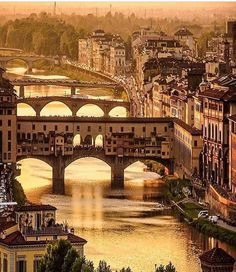 Florença, Itália  ✈✈✈ Here is your chance to win a Free Roundtrip Ticket to Florence, Italy from anywhere in the world **GIVEAWAY** ✈✈✈ https://thedecisionmoment.com/free-roundtrip-tickets-to-europe-italy-florence/