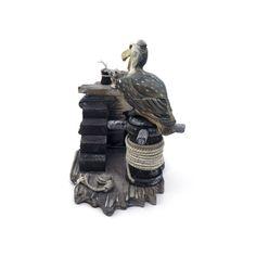 Pelicano e Rato Largura x Altura x Profundidade: 17 x 15,5 x 10 cm Peso: 200 g Material: madeira Acabamento: colorido Origem: Ásia