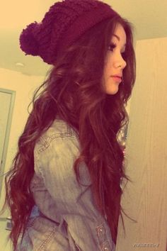 I love her hair and her style <3