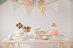 Een taartentafel op je bruiloft   ThePerfectWedding.nl