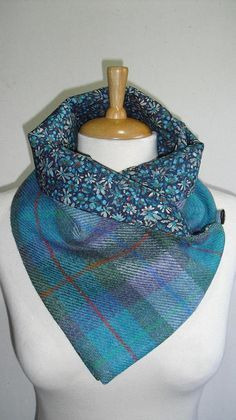 Handmade Scarf/Snood made from Genuine Harris wool tweed with a super soft Liberty Tana lawn lining which compliments the tweed beautifully. Ideal for keeping your neck warm without the bulk of a normal wool scarf. Buttons to the side with a wooden button Clothes Crafts, Sewing Clothes, Sewing Hacks, Sewing Crafts, Sewing Scarves, Handmade Scarves, Liberty Fabric, Christmas Sewing, Neck Scarves