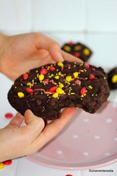 Dulcemente Nadia: Mega Cookie para el mundial de futbol ( Galleta XXL de chocolate)