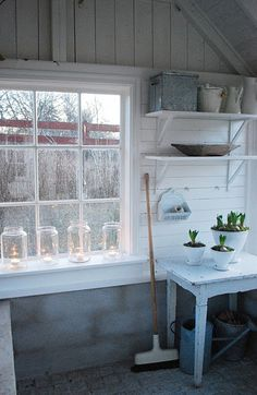 garden shed simplicity.
