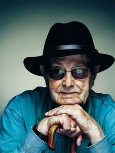 #Portuguese Manoel de Oliveira, the oldest filmmaker in the world, by Nicolas Guerin