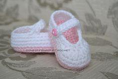 Pretty & Plain little Mary Jane - FREE crochet pattern