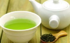 Remedies For Water Retention Does Green Tea Help Reduce Water Retention? Check this out! - Is green tea good for water retention? Yes, tea is good helps reduce water retention. Choose tea to preventing water retention naturally. Colon Irritable, Water Retention Remedies, Green Tea For Weight Loss, Green Tea Benefits, Cholesterol Lowering Foods, Cholesterol Levels, Cholesterol Symptoms, Liver Detox, Detox Drinks